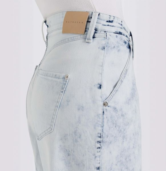 Daydream: Coole, nachhaltige Jeans & Hosen Slouchy Indigo, Sustainable Denim
